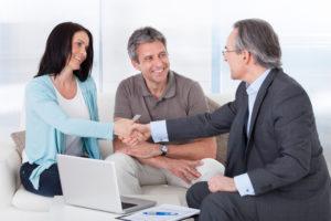 Der Rückkauf einer Kapitallebensversicherung sollte gut überlegt sein.