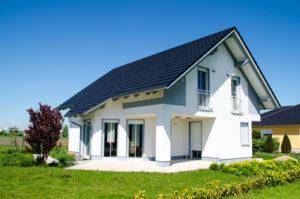 Der Rückkaufswert bei einer Kündigung kann zum Beispiel im Falle eines Hauskaufs nützlich sein.