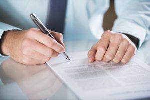 Ein Rückkaufswert bei einer Risikolebensversicherung bleibt bei einer Kündigung aus.